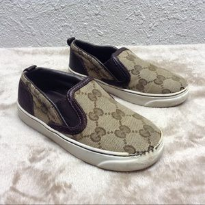 Gucci toddler sneakers shoes 25 US 9